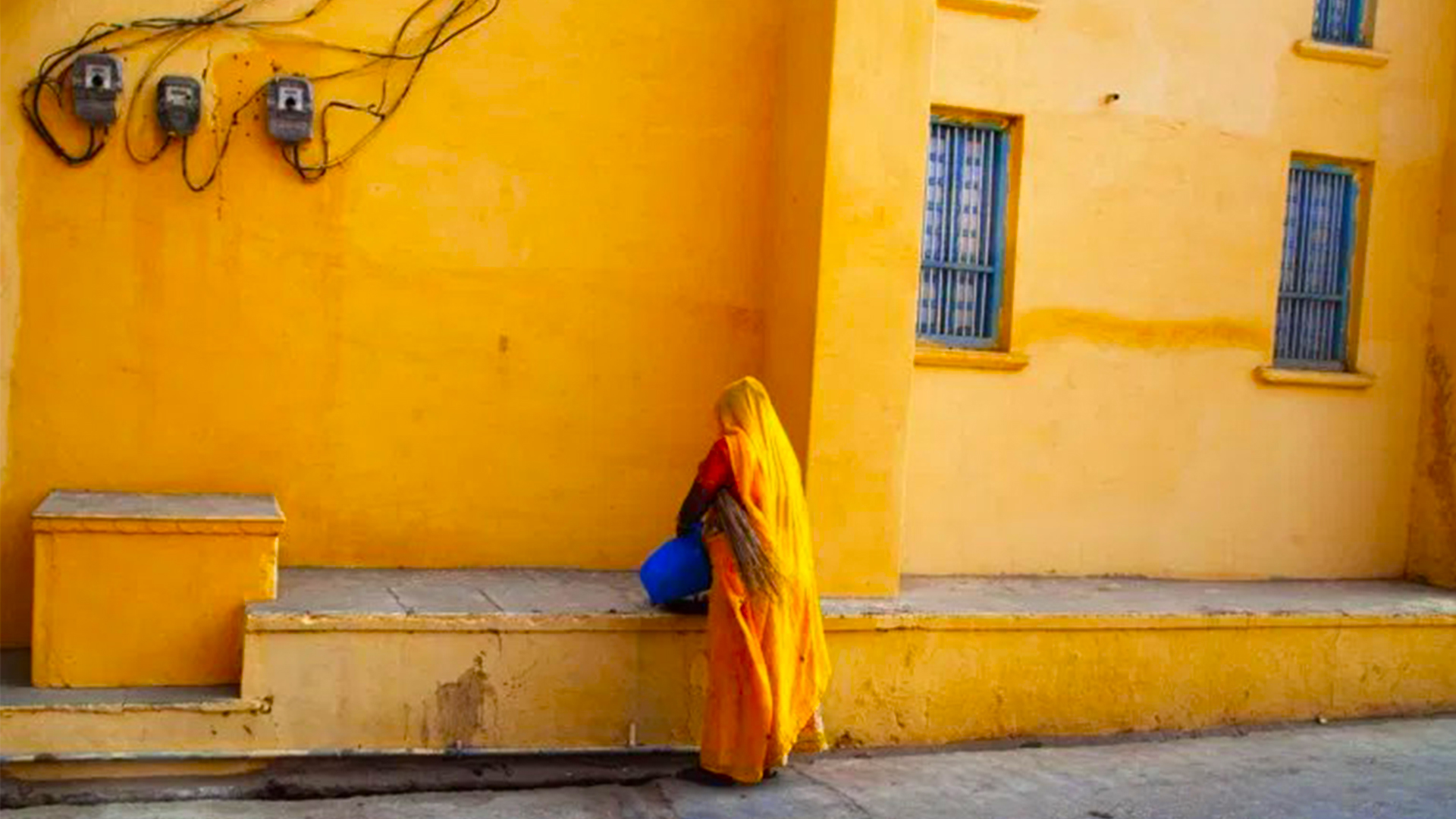 Mastering Color: The Psychology Of The Color Yellow And Its Use In Photography